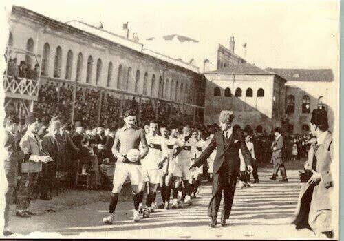 türkiye millî futbol takımı tarihindeki ilk maç,taksim stadyumu,romanya maçı,1923...