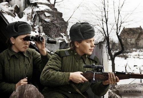 kızıl ordu keskin nişancılarından roza shanina ve partneri