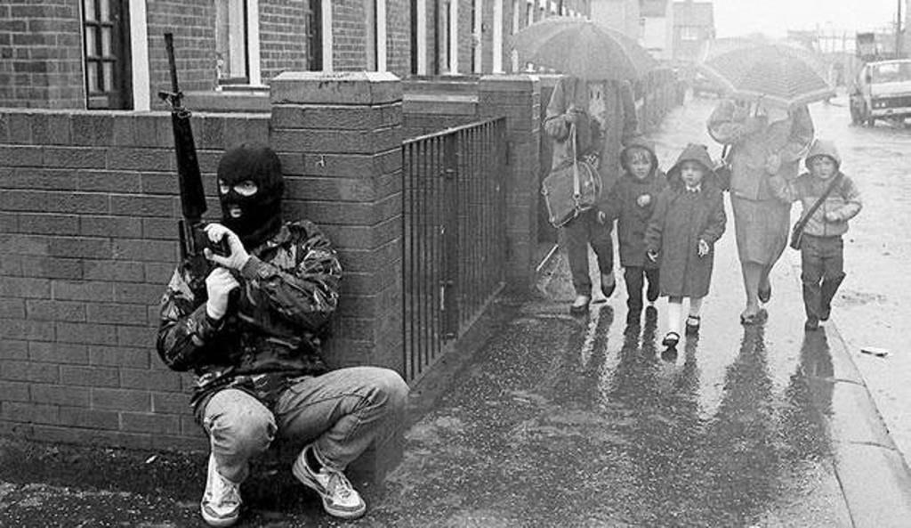 1982: kuzey irlanda'daki ıra devriyesi