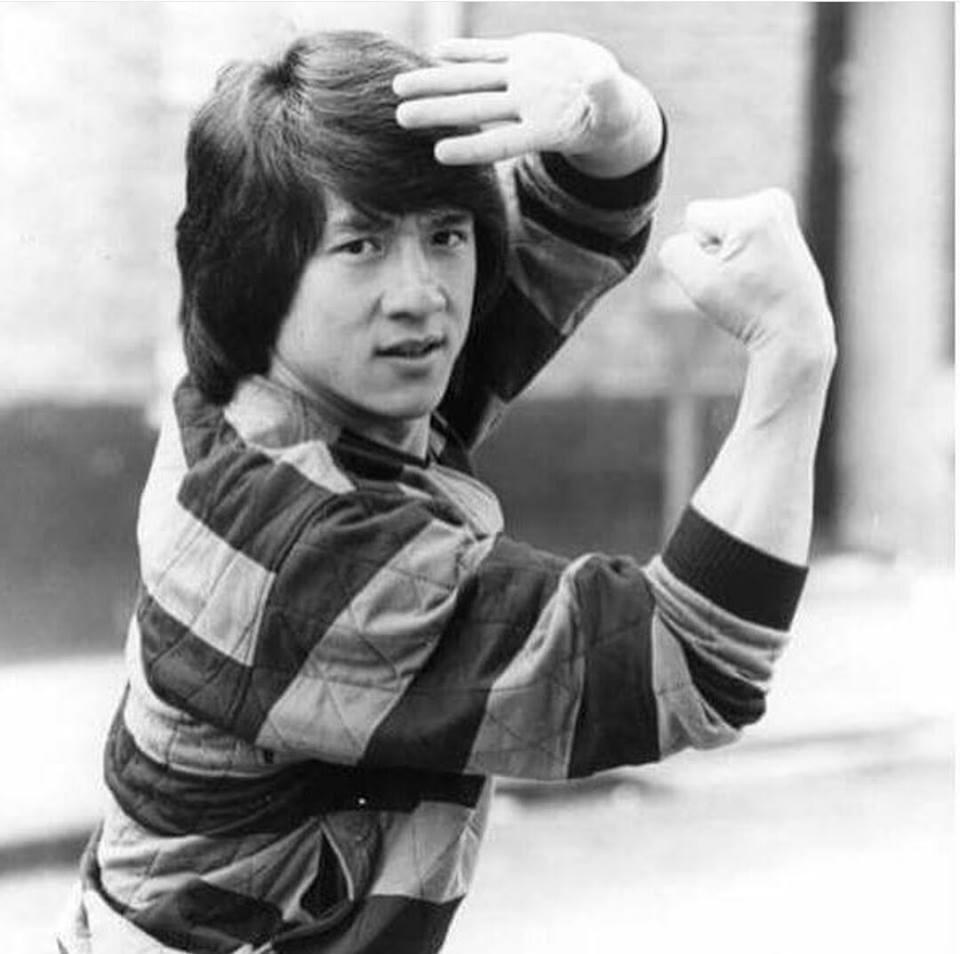 genç jackie chan, 1980